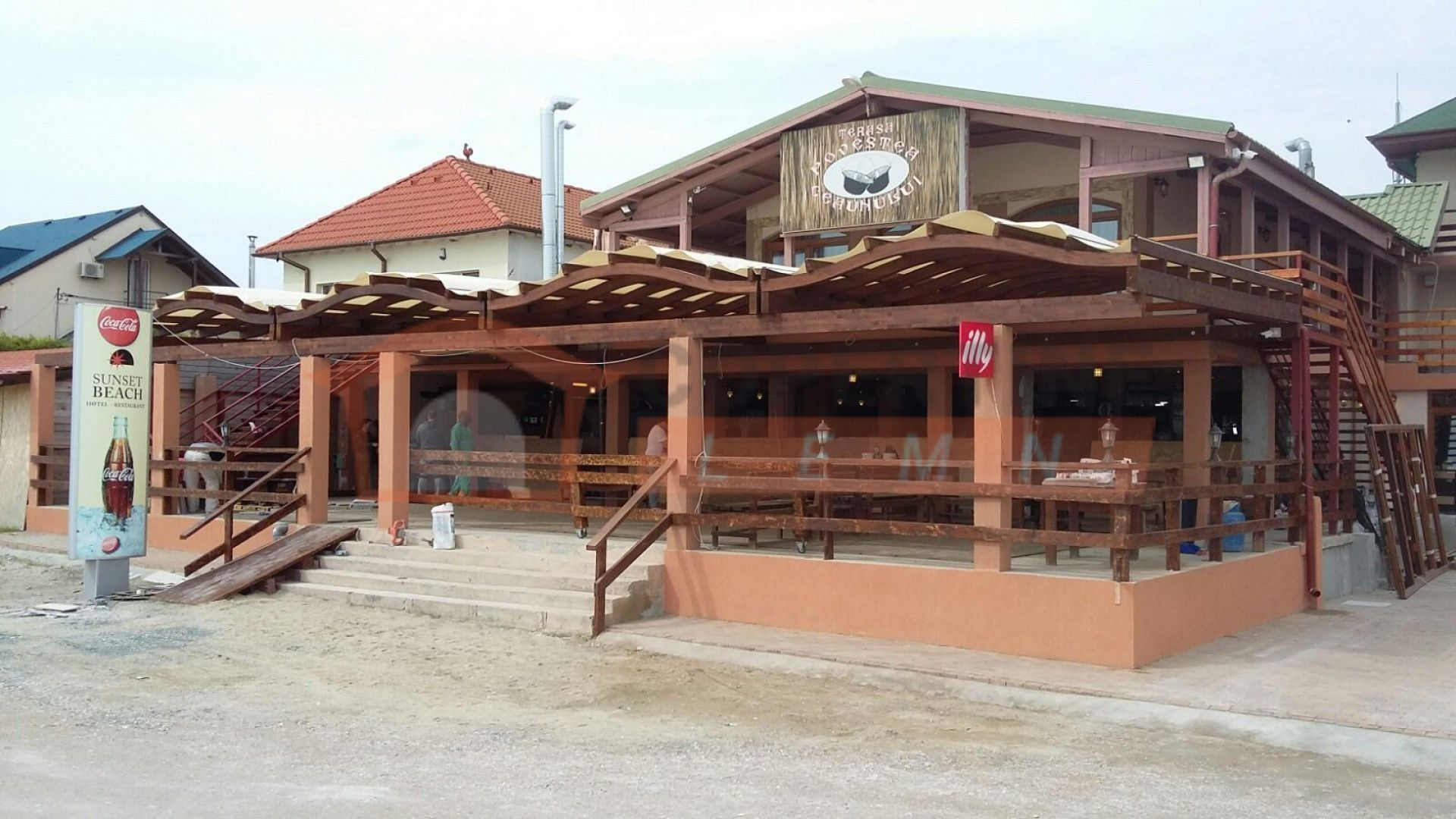 Copertine Lemn Terasa Restaurant Vama Veche